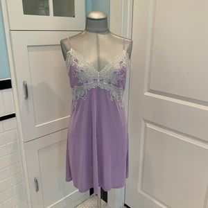 Natori Enchant Lace Chemise